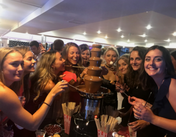 heavens_group_services_chocolate_fountain2